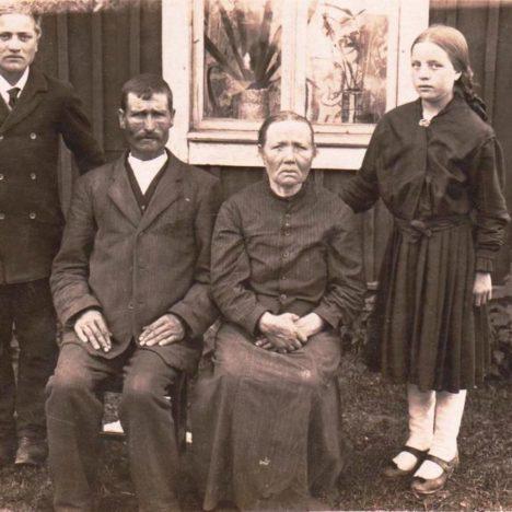 Oravaisten kirkko / Oravainen church